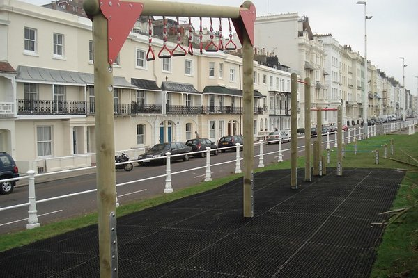Saint Leonards, Sea Front - Marine Parade - 3/8