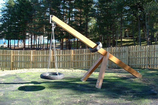 Highland, Aviemore Play Area - 6/14
